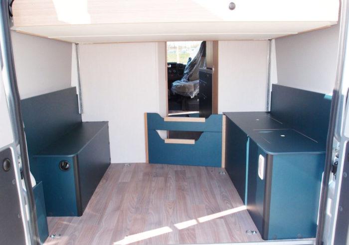 Úložný prostor v obytné dodávce Knaus BoxLife 600 MQ