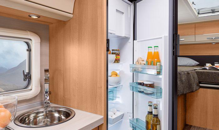 Lednice dometic a interiér obytného auta Knaus Van I 650 MEG Platinum Selection